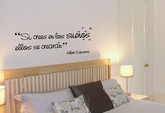 Frases google and puertas on pinterest for Decoracion con vinilos