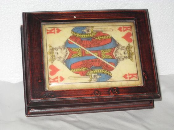 Playing Cards vintage Wood Box with  Decoration in ceramic card