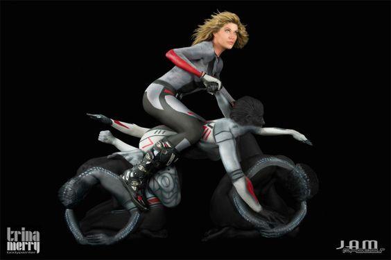Moto Bodypaint Humano