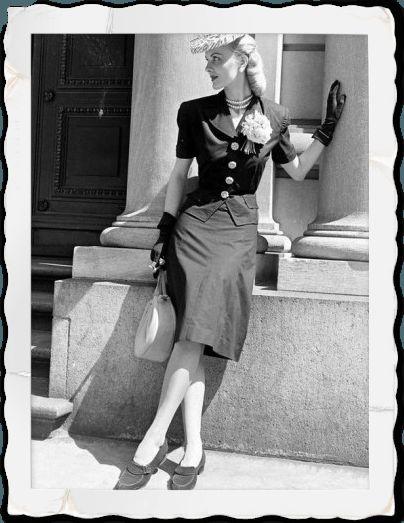 1940 jupe retro droite crayon taille haute vintage mode r tro pinterest lampes suspendues. Black Bedroom Furniture Sets. Home Design Ideas