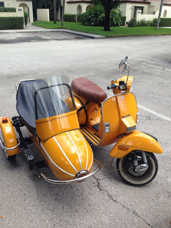 Stella 150cc 4 Cycle Scooter And Side Car Scooters