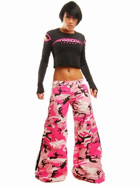 www.thepaulacorner.blogspot.com: Amok rave pants.