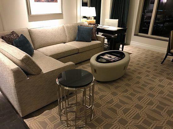 Modern Living Room No Coffee Table Di 2020