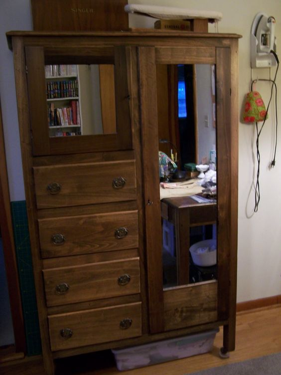 Good Looking Bedroom Furniture Design Using Antique Chifferobe With Mirror    Handsome Bedroom Furniture Design Ideas. Good Looking Bedroom Furniture Design Using Antique Chifferobe