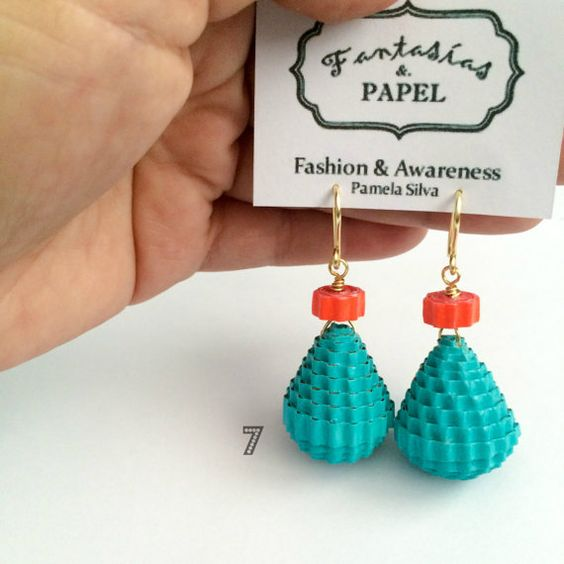 CHRISTMAS SALE. Paper Bead Earrings. Corrugated by FantasiasyPapel