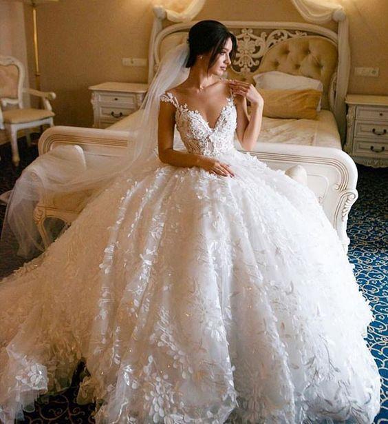 20 Vestidos estilo princesa para noivas românticas #casamento #bride