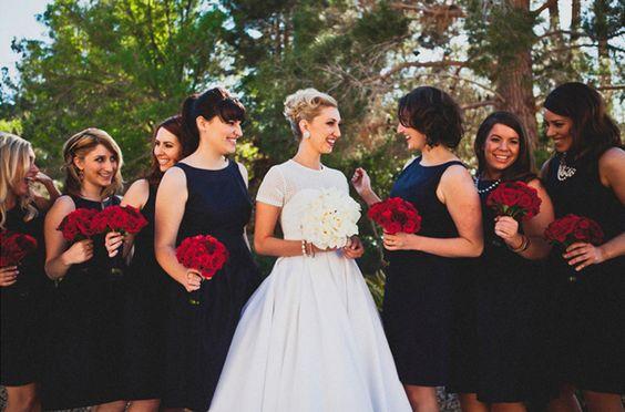 Couleur robes demoiselle d'honneur + bouquets