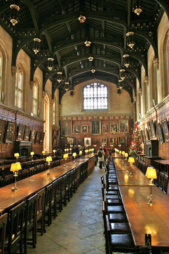 The Hallowed Halls Of Christ Church Hogwarts Christ Church Oxford Christ Church Oxford England