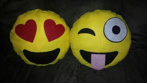 Emojis hecho con fieltro