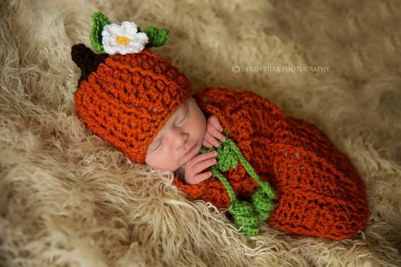 Crochet Newborn Baby Boy Girl Mommy's Lil' Pumpkin Swaddle - So sweet and would be great as a newborn Halloween costume!!