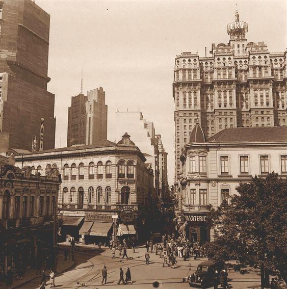 Lgo e rua de S.Bento - 1943
