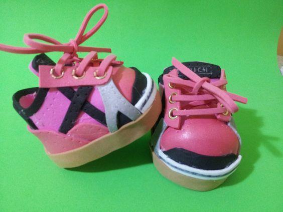 Zapatos deportivas para fofucha