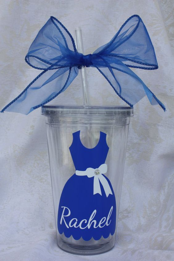 Bridesmaid tumbler.Personalized Bridesmaid by TheVinylChick