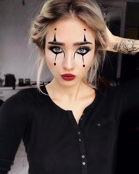 Exquisite Hairstyles Braided So Teenagers Look More Cute This Year Cute Halloween Makeup Halloween Costumes For Teens Girls Mime Halloween Costume