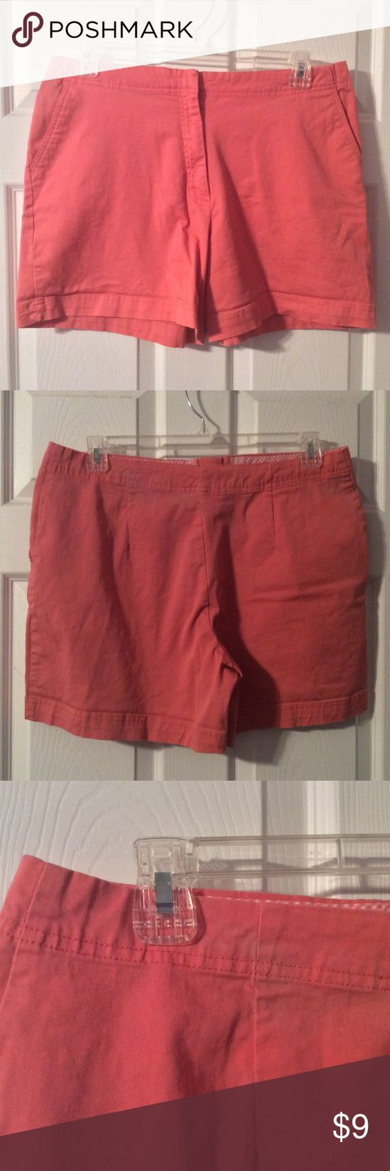 Duck Head SZ 18 Peach Shorts Duck Head shorts size 18, great company, working clasp and zipper, no stains or tears, only a small area of color fading, see pics, even that is vary noticeable, smoke free home. Always fast shipping! Offers welcome. Duck Head Shorts