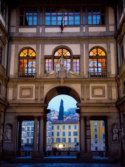 Galleria degli Uffizi Museumm #Florence: