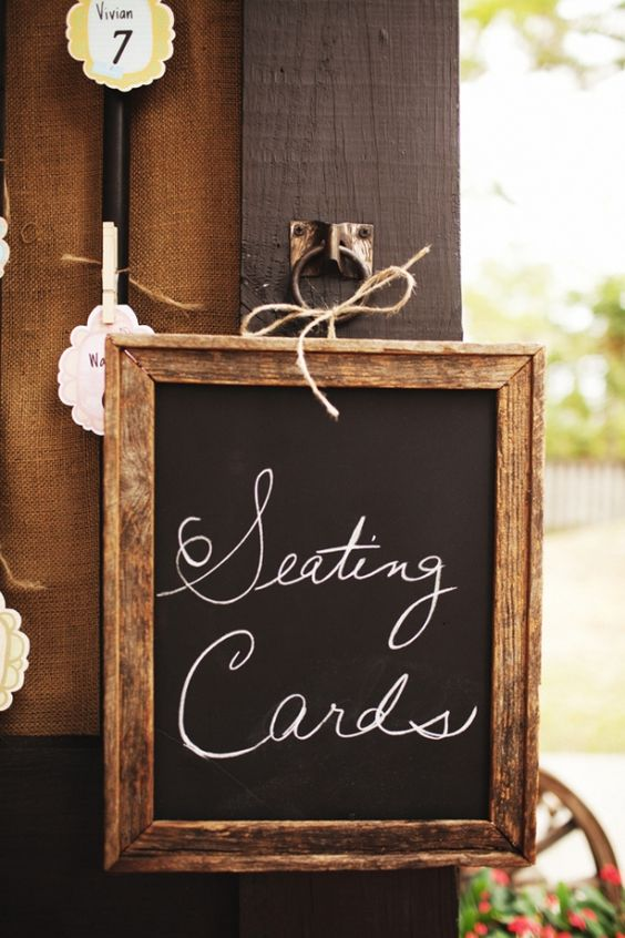 LOVE the woodsy frame on this chalkboard