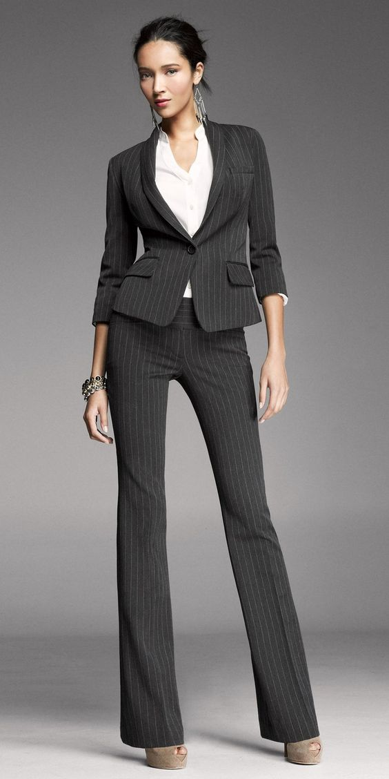 Model Womens Classic Tuxedo Suit