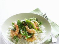Scharfe Garnelen auf Avocadocreme Rezept | EAT SMARTER