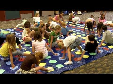 Giant Twister Game at Hamburg Library - YouTube