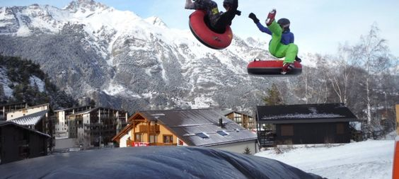 Big Air Bag with skis, snowboard or airtube!