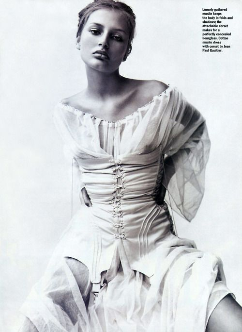 1994 - Bridget Hall in Jean Paul Gaultier by Mario Testino 4 Allure