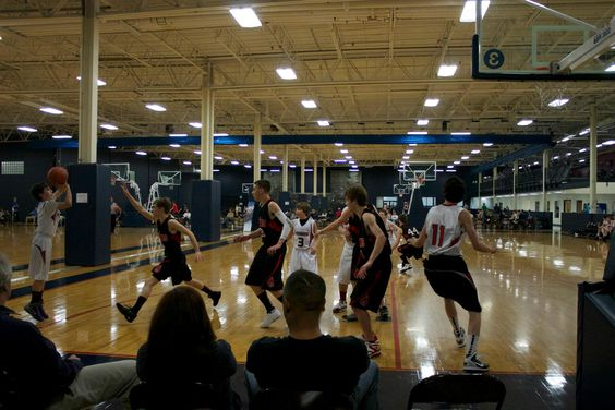 JV Boys team in action at East Coast Tourney