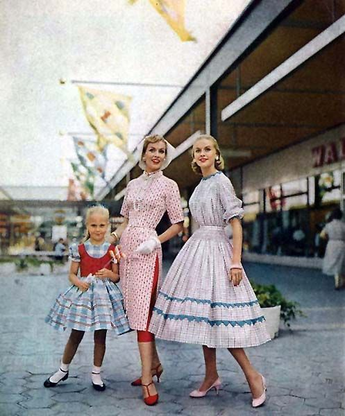 50s love the middle dress over pants                              …