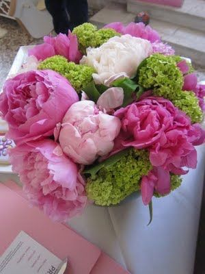 pink, white & green flowers...must have peonies!