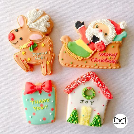 Reindeer and Santa Claus gift box & Christmas House icing cookies Isetan Shinjuku Main Building 2F Isetan Girl #micarina #instagood #love #happy #sweets #icing #cookie #kawaii #icingcookie # icing cookies # Isetan Shinjuku # Isetan Girl # isetangirl # Isetan # Mikarina # Christmas #christmas #xmas