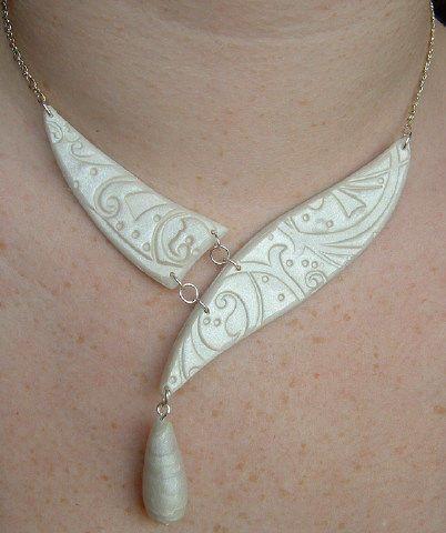 collier créé pour le mariage de mon frère Sébastien avec Sophie. Tewee