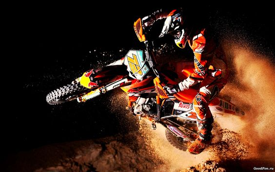 The legend Stefan Everts on the KTM his team have! #StefanEverts #72 #KTM #Motocross #Sand.