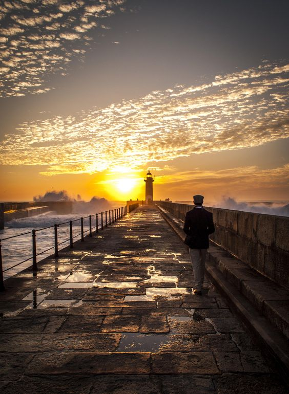 The wanderer by Vitor Fonseca on 500px