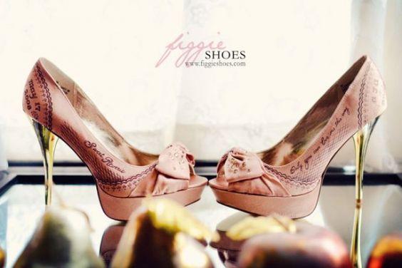 (Foto 12 de 26) Zapatos de Novia pintados a mano. Fotos y diseños de Figgie Shoes., Galeria de fotos de Zapatos de Novia Pintados a Mano