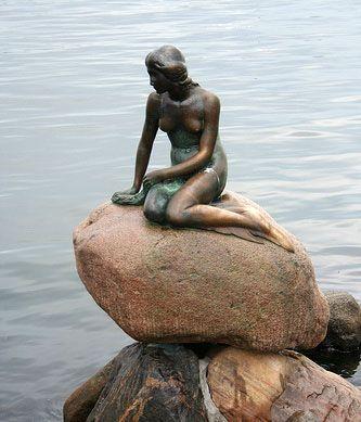 Die kleine Meerjungfrau an der Langelinie (Kopenhagen)