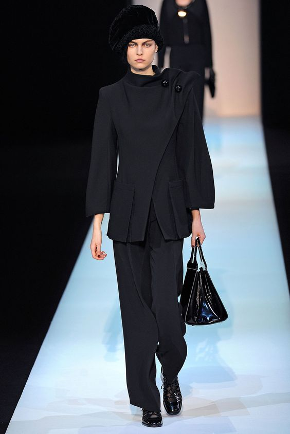 Giorgio Armani Fall 2013 Ready-to-Wear Fashion Show - Lin Kjerulf