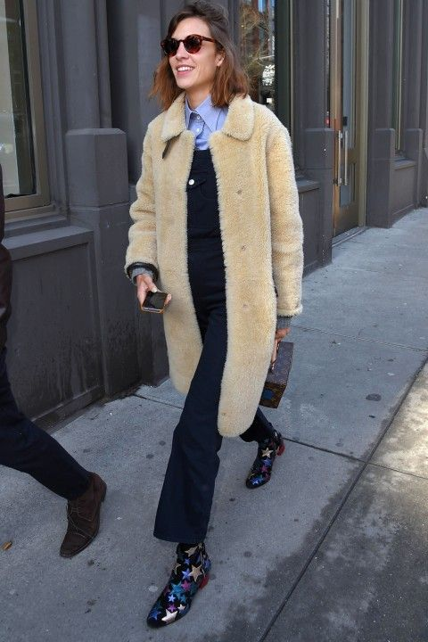 Alexa Chung Steps Out In The Boots Everyone Wants - Wednesday 11th September