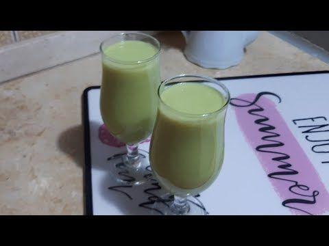 طريقة عمل عصير الأفوكادو بطريقة مميزة جدا Youtube Glass Of Milk Drinks Milk