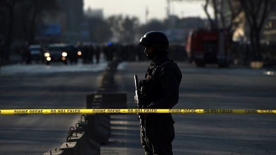 Afghanistan: au moins 13 morts dans un attentat-suicide des talibans