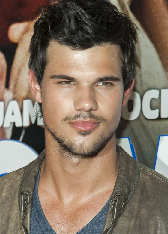 Taylor Lautner Lazy Eye Pictures : Celebrities...