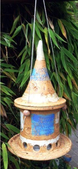 Vogelfutterhaus blau, hängend mit Edelstahlseil
