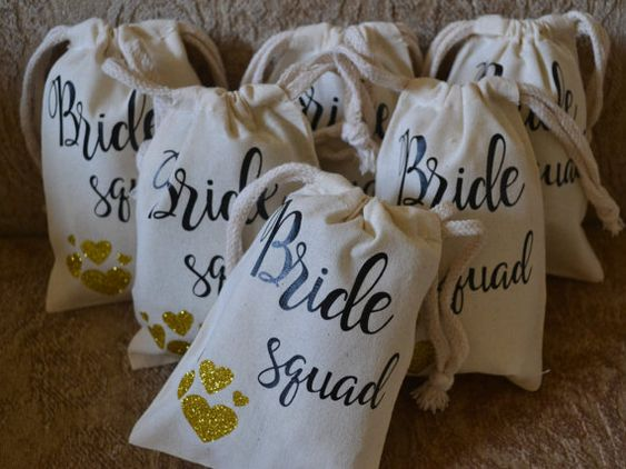 Perfect for bridesmaid proposal boxes!