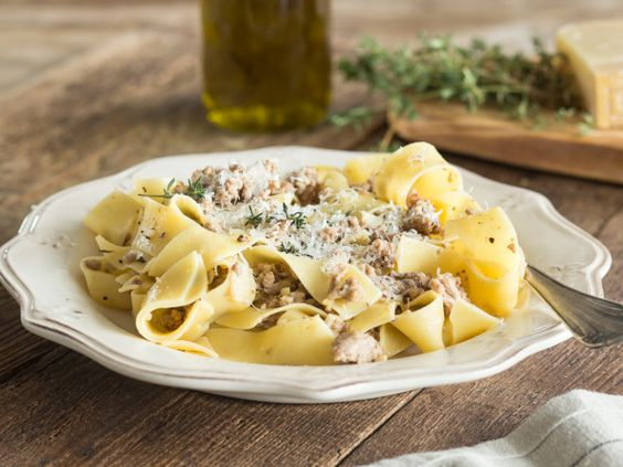 Helle Bolognese (ohne Wein)