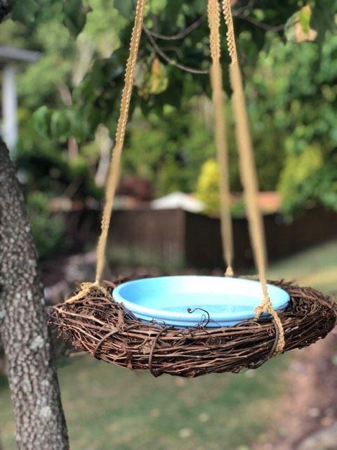 Diy Bird Bath The Shabby Tree Diy Bird Bath Bird Bath Diy Birds