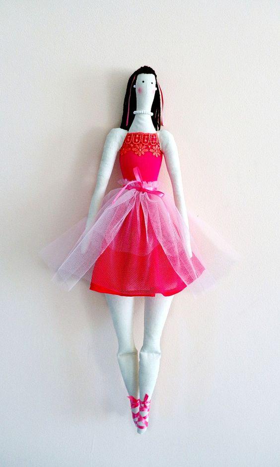 Boneca de pano Tilda Bailarina