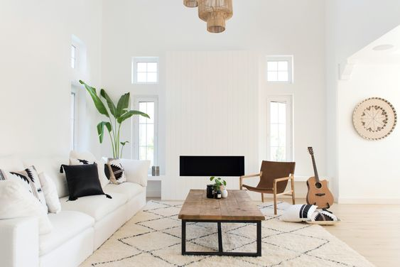 Living Inspiration | Black Leather | Home Decor | Boho Living Room | White Linen Pillow | Leather & Linen Pillow | Scandi Decor | Dream Home | Bali Home Decor | Sofa Style | Berber Rug | West Coast Vibe | Dream Home | White Living Decor