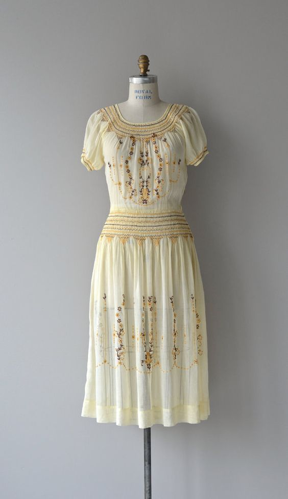 reserved for Nathalie | 1920s, Love this and 1920s dress