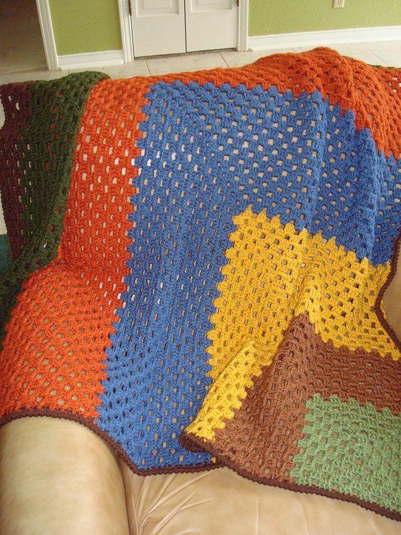 Ravelry: Patrón de esquinas Granny afgano por Lion Brand Yarn ...