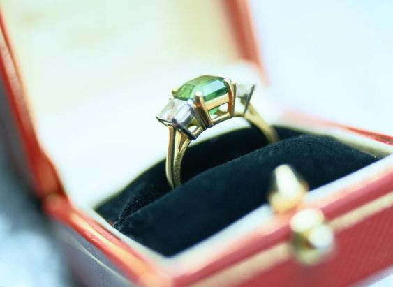 antique rings - styles and info