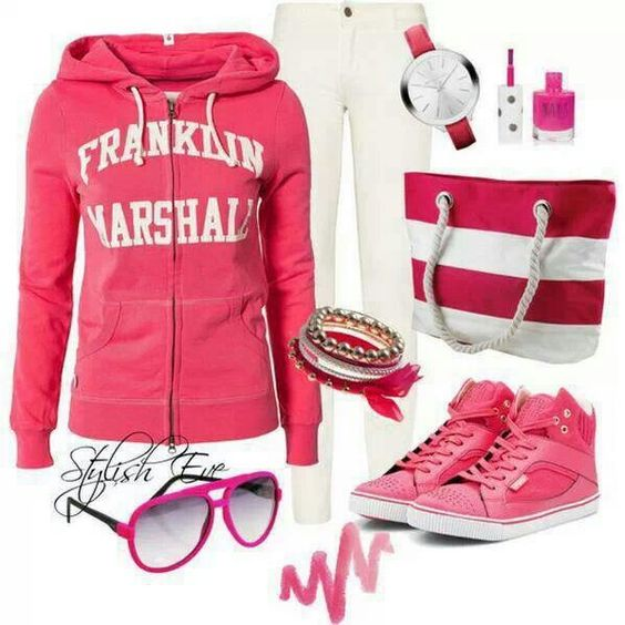 Comfy weekend outfit! Or movie outfit!